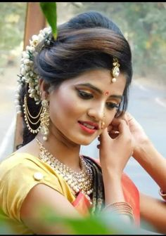 Bridal Hairstyle Indian Wedding, Glamorous Makeup, Beautiful Girl Image, Indian Hairstyles, Beautiful Indian Actress, Indian Actresses, Brides, Glamour, Mood