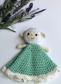 Make your very own Lambie the Lovey using this free crochet pattern- with the option to use a fleece blanket for an even quicker work up!
