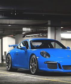 Love this Porsche 911 at Ultralinx's Random Inspiration 170 | Architecture, Cars, Style & Gear