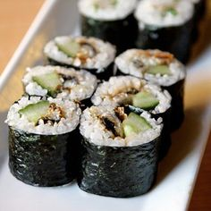 Have sushi as a diet food but learn the best way to order your sushi for weight loss. Learn the most nutritious way to eat sushi with these great guides.