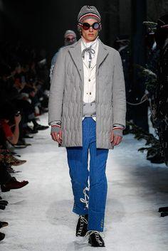 Fotos de Pasarela | Moncler Gamme Bleu Menswear, Otoño-Invierno 2017 Otoño-Invierno 2017 Milán | 14 de 35 | Vogue México