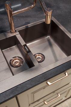 Spüle Und Armatur In Kupfer Für Die Küche