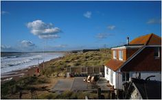 21 The Suttons, Camber, East Sussex Leather Double Bed, Camber Sands, Large Bbq, Column Radiators, Wrought Iron Beds, Sewage System, Baby Grand Pianos, Out To Sea, The Dunes