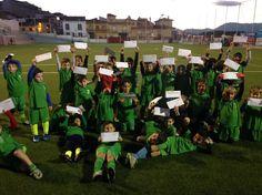 Málaga (Cártama).- La pasada semana y, para cerrar el primer trimestre, las Escuelas Municipales de Fútbol y Fútbol Sala de Cártama realizaron una jornada de convivencia interna, donde el alumnado disfrutó de una actividad conjunta para despedir el año.