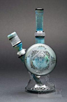 Nice bong ~ #handblownglasspipe #glasspipe #washingtonglasspipe…