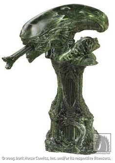 Aliens Chop :: Profile :: Dark Horse Comics  $29.99