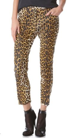 I need me some leopard pants!