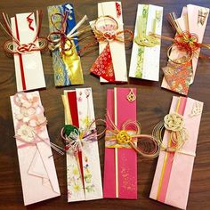 結婚式でみなさまからいただいたご祝儀の袋がかわいかったので、リメイクして、箸袋を作ってみましたっ☺️  #箸袋 #手作り箸袋 #ご祝儀袋リメイク  #暇人 #内職   #作ってみたもののかわいくていつ使えばいいか全くわからない