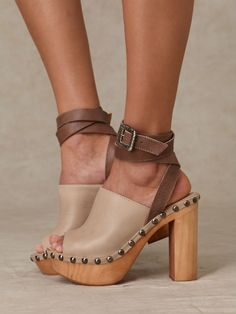 Clogs with straps...doesn't get any better!