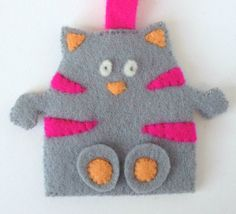 Key Ring Wool Felt Cat Grey by KOOSHKA on Etsy, £8.00