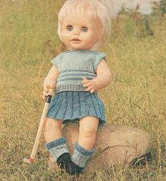 Half-time (hockey outfit) pattern for First Love Doll, from Woman's Value, May
