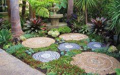 mosaic-garden-decorations-16