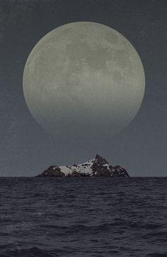 Full Moon share moments