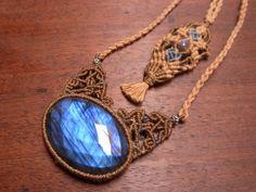 labradrite pendant