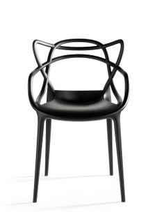 Cadeira Master. Designer: Eugeni Quitllet e Philippe Starck / Kartell.