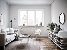 Home in warm tints - via http://cocolapinedesign.com/2017/03/10/home-warm-tints-2/