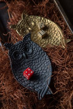 Mothology.com - Pewter Owl Jewelry Tray in Black, $11.95 (http://www.mothology.com/pewter-owl-jewelry-tray-in-black/)