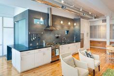 Wohnideen Küche industrielle elemente rohr decke weiß grau