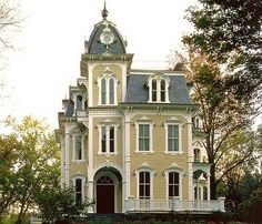 painted victorian houses | victorian house by Itz Margie
