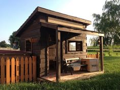 Is there any child who doesn't like a fort or cubby house to play in? This western saloon would surely never go empty!        This fort was inspired by ...