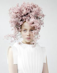 45 Trendy Flowers In Hair Editorial Floral Headpiece Floral Headdress, Flower Headpiece, Portrait Photography, Fashion Photography, Photography Flowers, Editorial Photography, Hair Photography, Photography Women, Corona Floral