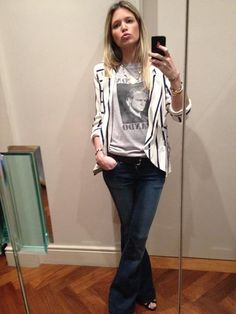 Helena Bordon veste Calça Jeans Flare 284