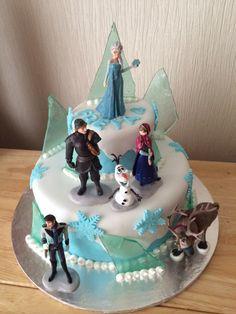 Treasure chest cake the cake fairy dundee pinterest treasure frozen cake publicscrutiny Images