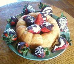 Chocolate Strawberries with Bundt