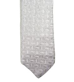 There's nothing like white woven silk, in this Italo Ferretti skinny tie.  |  Find yours! http://www.frieschskys.com/neckwear/ties  |  #frieschskys #mensfashion #fashion #mensstyle #style #moda #menswear #dapper #stylish #MadeInItaly #Italy #couture #highfashion #designer #shopping
