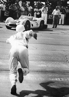 "Sebring 12h Start. Stirling Moss runs to his Maserati ""Birdcage"".1960"
