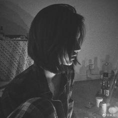 Asian Short Hair, Crazy Girls, Cute Anime Guys, Ulzzang Girl, Aesthetic Girl, Asian Girl, Avatar, Short Hair Styles, Ootd