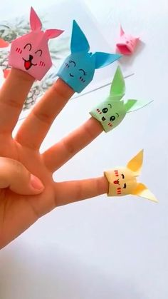 Make a Gift Diy Crafts Hacks, Diy Crafts For Gifts, Diy Home Crafts, Diy Arts And Crafts, Creative Crafts, Fun Crafts, Easter Crafts, Paper Crafts Origami, Paper Crafts For Kids