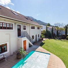 Paarl Central West has this absolutely delightful home for sale with plenty space and a delightful garden! Classic House, Main Street, Real Estate, Mansions, Space, House Styles, Garden, Outdoor Decor, Home Decor