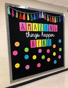 Excellent DIY Classroom Decoration Ideas & Themes to Inspire You 35 Beautiful & Inspiring Classroom Decoration Ideas // Classroom Decor Preschool // Classroom Decorations // Decorate Classroom Classroom Wall Decor, Diy Classroom Decorations, Classroom Walls, Classroom Bulletin Boards, New Classroom, Classroom Design, Bulletin Board Ideas For Teachers, Preschool Classroom Decor, Kindness Bulletin Board