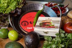 Geschenksets für Männer. Geschmiedete Pfanne und alle nötigen gewürze für einen echten Burger. Originelle Kundengeschenke auf www.benefizshoppen.de #männergeschenke #werbegeschenke #kundengeschenke