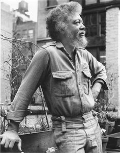 Benny Andrews(1930-2006)Photo: Kathy Morris, courtesy of Michael Rosenfeld Gallery LLC He was a visual artist and educator, famous for his collages from Plainview, Georgia.