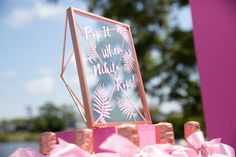 Pretty Pink Baby Shower Baby Brunch – MunaMommy Baby Shower Congratulations, Different Shades Of Pink, Flower Food, Just Dance, Shower Baby, Baby Showers, Amazing Flowers, I Fall In Love, Baby Shower Decorations