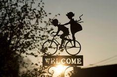 Una marca de cosméticos hace que sus clientes vuelen en bicicleta - http://staff5.com/una-marca-cosmeticos-clientes-vuelen-bicicleta/