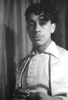 "He looks like Prince!"" because Cab Calloway INVENTED Prince. The cool jazz cat persona, the rock star, the sharp-dressed blues man. Cab set the mold. Prince looks like him. Music Icon, Soul Music, 20s Music, Indie Music, Adele, Jimi Hendricks, Rock And Roll, The Blues Brothers, Vintage Black Glamour"
