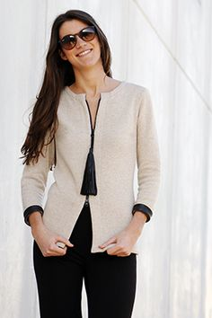 Elisa Cortés-Colección Elisa Cortés Sweaters, Fashion, Vestidos, Winter, Dressmaking, Moda, Fashion Styles, Pullover, Sweater