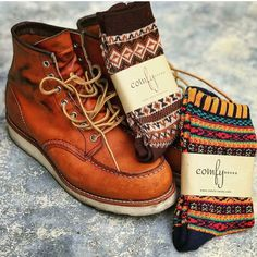 Boots – Enjoy the Great Outdoors! Mens Outdoor Fashion, Mens Boots Fashion, Womens Fashion Sneakers, Fashion Vest, Red Wing Heritage Boots, Red Wing Boots, Red Wing Moc Toe, Casual Boots, Shoe Boots