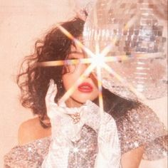 disco This would be such a cool photo shoot idea! A disco ball and light prism making it glam perfection. 70s Glam, Glitz And Glam, Coachella, Mode Collage, No Bad Days, All I Ever Wanted, Disco Ball, Disco Party, How To Pose