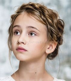 Inspiration for Margaret Mead at Mansion (character inspiration, story inspiration, novel inspiration) Flower Girl Hairstyles, Braided Hairstyles, Wedding Hairstyles, 3 4 Face, Female Character Inspiration, Foto Art, Inspiration For Kids, Story Inspiration, Girls Characters