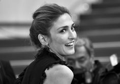 Pin for Later: Il N'y a Rien de Plus Glamour Que le Festival de Cannes en Noir et Blanc  Julie Gayet