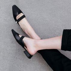 Chiko Kymberlyn Pointed Toe Block Heels Clogs/Mules Pointed Toe Block Heel, Block Heel Loafers, Heeled Loafers, Block Heels, Clogs Shoes, Mules Shoes, Shoes Heels, Pointe Shoes, Nike Shoes