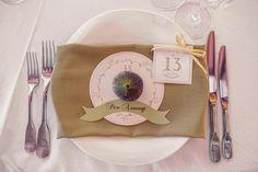 wedding decor, wedding table setting, guests, сервировка стола, свадебная сервировка, фрукты, именные карточки гостей, номера столов