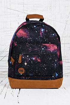 Backpack in Cosmos Print