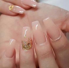 Simple pink wedding nail designs # wedding # bride # wedding nails wedding nail The Effective Pictures We Offer You About wedding nails for bride teal A quality picture can tell you many things. Pink Wedding Nails, Wedding Nails Design, Simple Acrylic Nails, Fall Acrylic Nails, Soft Gel Nails, Nagellack Design, Golden Nails, Bridal Nail Art, Nagel Blog