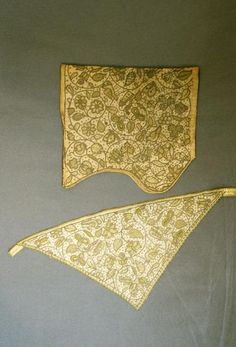 Linen coif and forehead cloth embroidered in green silk, silver thread and silver spangles, English, 1600-20.