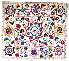 i really *really* want this #textile (or one like it at least) from Uzbekistan. Geez.